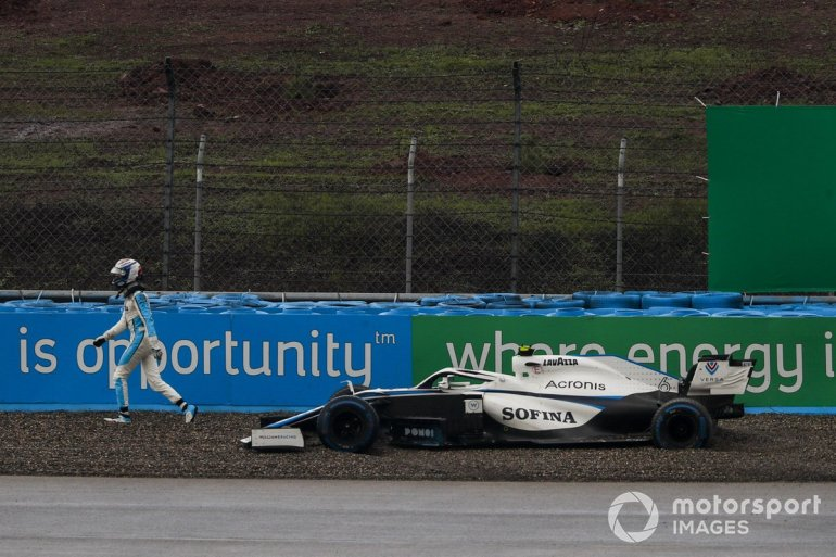 Nicholas Latifi, Williams Racing, drives away from his stranded car