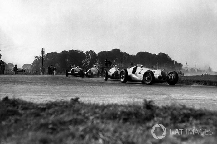 El poseedor del récord ganador del GP de Alemania nunca lo hizo en una carrera válida para el campeonato de F1. Rudolf Caracciola subió a la cima del podio en seis ocasiones: 1926, 1928, 1931, 1932, 1937 y 1939.