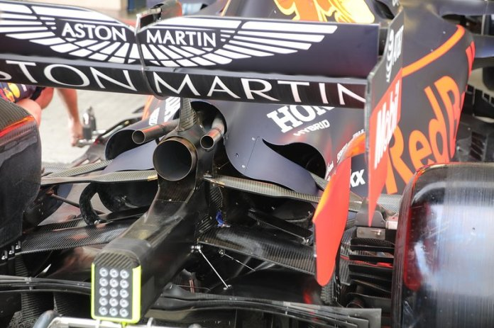 Red Bull Racing RB15, trasero