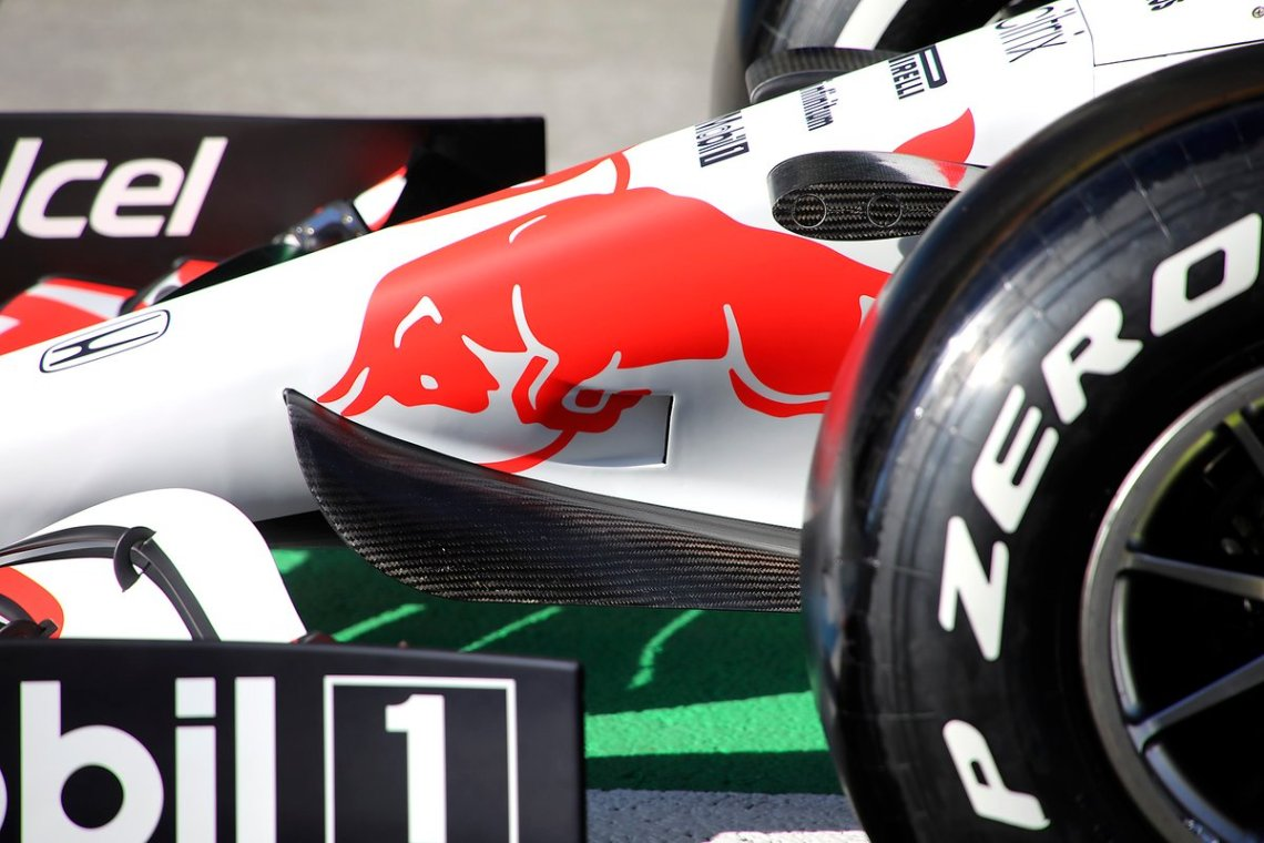 Red Bull Racing RB16B front nose detail