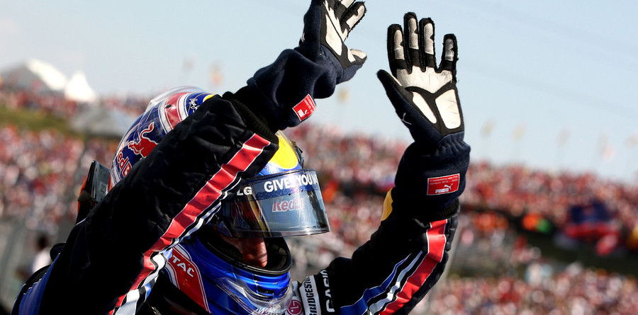 Webber takes Hungarian win with shrewd strategy