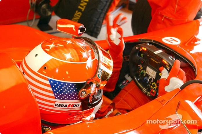 2001: tributo en Indianápolis de Michael Schumacher