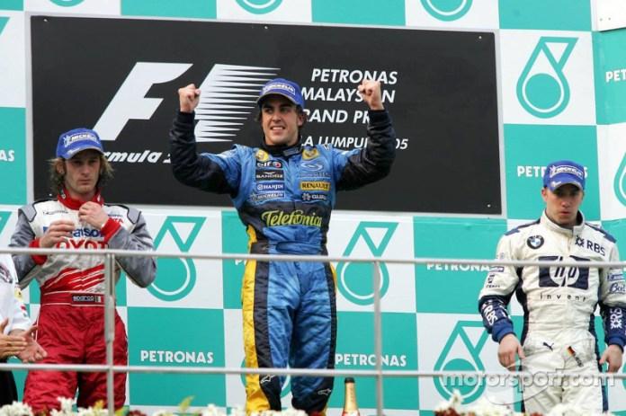 11- Fernando Alonso, 1º en el GP de Malasia 2005 con Renault