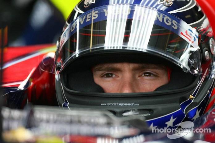 En 2007 llegó uno de los cambios en Toro Rosso. Scott Speed dejó la estructura tras año y medio. El estadounidense y Franz Tost discutieron en el GP de Europa y eso provocó su salida inmediata.