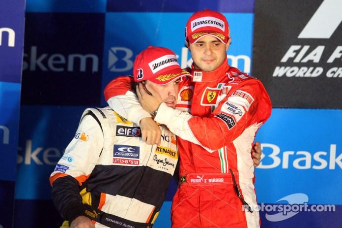 54- Fernando Alonso, 2º en el GP de Brasil 2008 con Renault