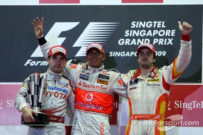 55- Fernando Alonso, 3º en el GP de Singapur 2009 con Renault