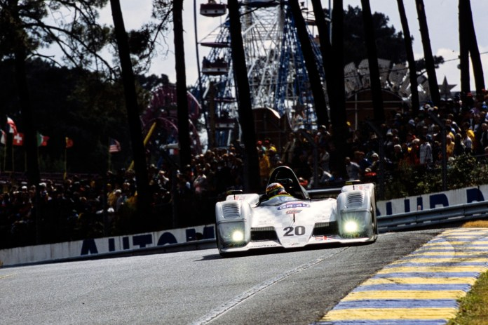 Ascari eventually made it to the grid at Le Mans in 2001, by which time Wilson had left the project