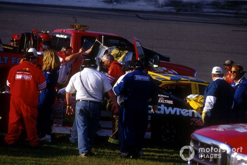 Dale Earnhardt crash