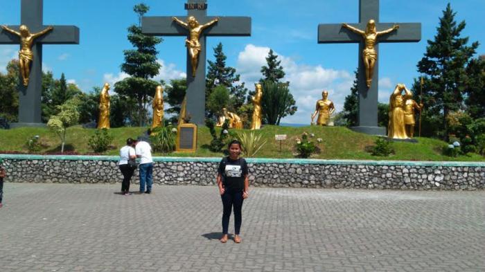 Taman Wisata Iman di Sidikalang Masjid Gereja Kuil