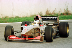 Nigel Mansell tests the Jordan Peugeot