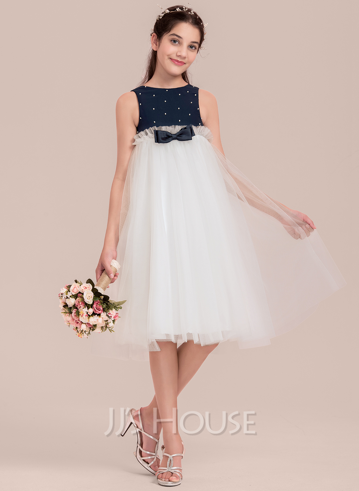 Empire Scoop Neck KneeLength Tulle Junior Bridesmaid Dress With Beading Bows 009130643