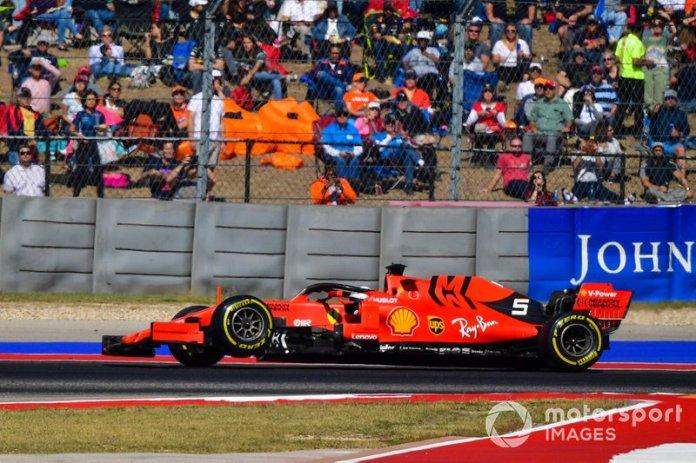Sebastian Vettel, Ferrari SF90, se retira con la suspensión rota