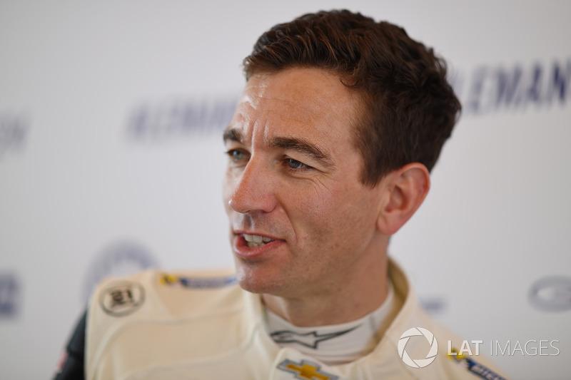 Oliver Gavin. Corvette Racing - 勒芒24小時耐力賽 照片 - motorsport.com中文網