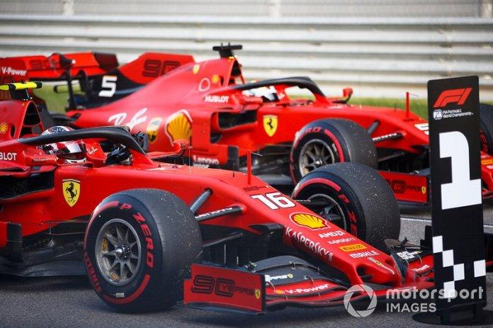 Charles Leclerc y Sebastian Vettel han tenido varios momentos de tensión este año.