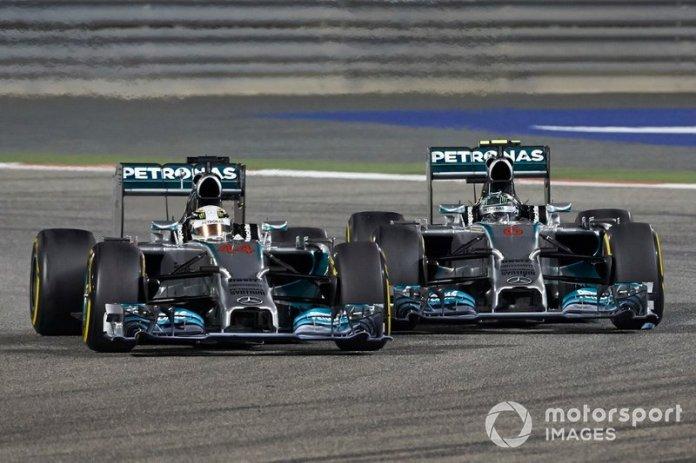 Lewis Hamilton, Mercedes W05, y Nico Rosberg, Mercedes W05