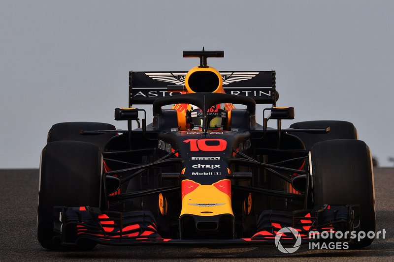 Aston Martin Red Bull Racing  F1 2019 driver and team line-ups pierre gasly red bull racing rb14 1