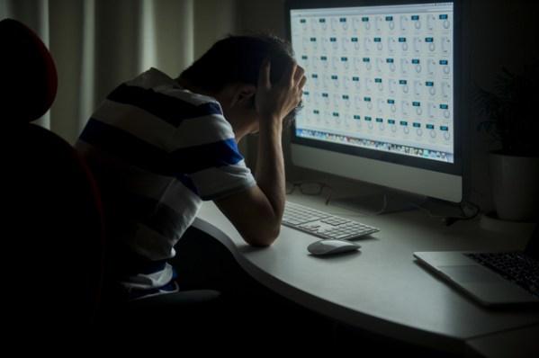 「残業 画像」の画像検索結果