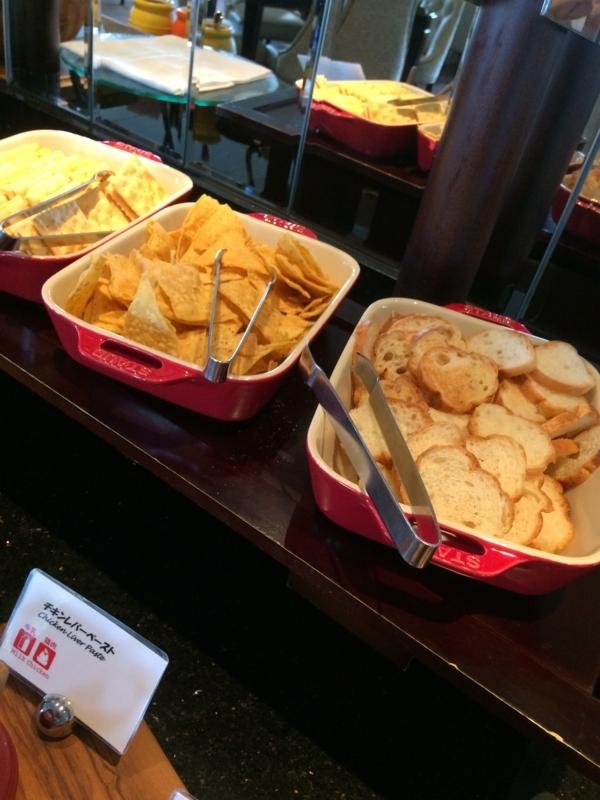 名古屋マリオットホテルのエグゼクティブラウンジのチーズ