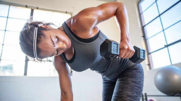 Ask our expert Heavy weights for low reps or light