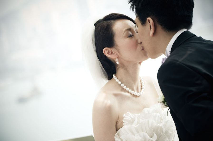 Kalamakeup for bride Carmen's wedding at Four Season hotel, H.K.