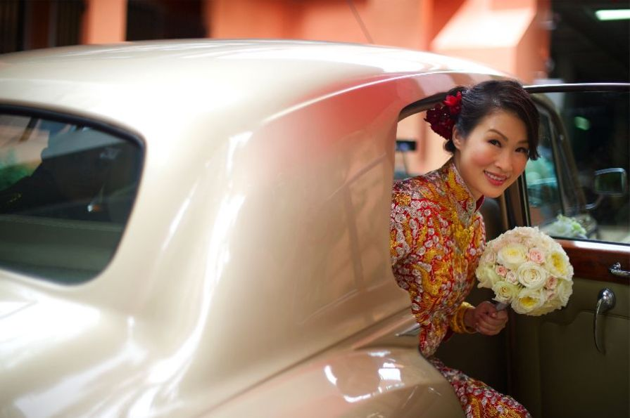 Kalamakeup bride Vera getting ready for Chinese Tea Ceremony at Grand Hyatt Hotel, H.K.