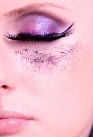 Kalamakeup creative purple smokey eyes with long lashes