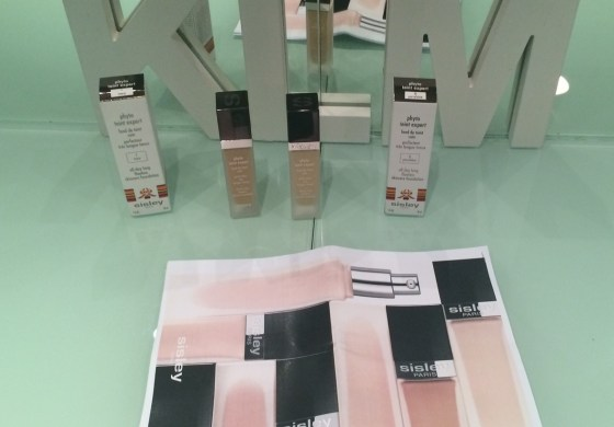 Sisley Paris Eye Concealer and Phyto Teint Expert Foundation Review