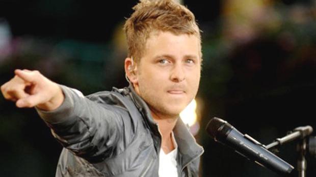 OneRepublic win closest UK chart battle of 2013