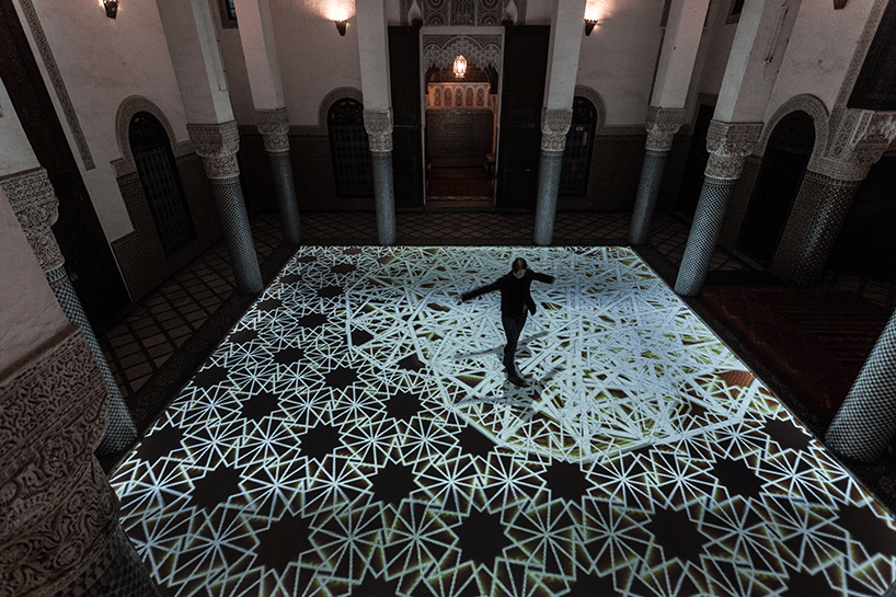 Generative and Interactive Digital Installation by Miguel