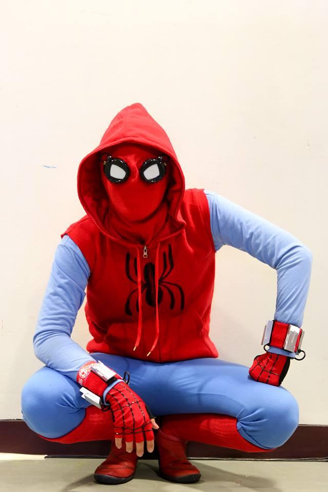 Ninja 3d Wallpaper Peter Parker S Homemade Spider Man Suit Costume 171 Adafruit