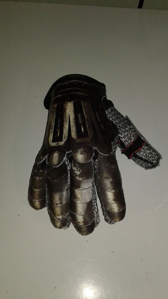 Making a Mechanical Hand with Printed Chain Mail and Cheap