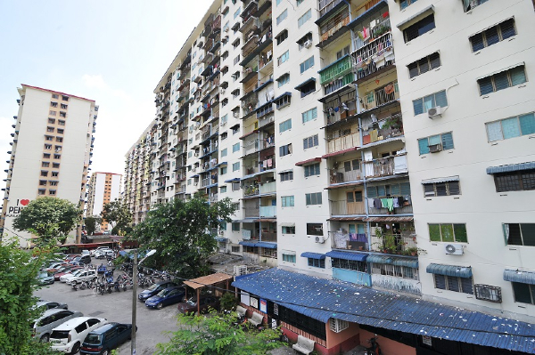 Apartment vs condo, Difference between condo and apartment, Condominium vs apartment, Condo vs apartment, Difference between apartment and condominium, flat, flats, Flat Malaysia, Flat house, Condominium apartment, Apartment building, Apartment complex