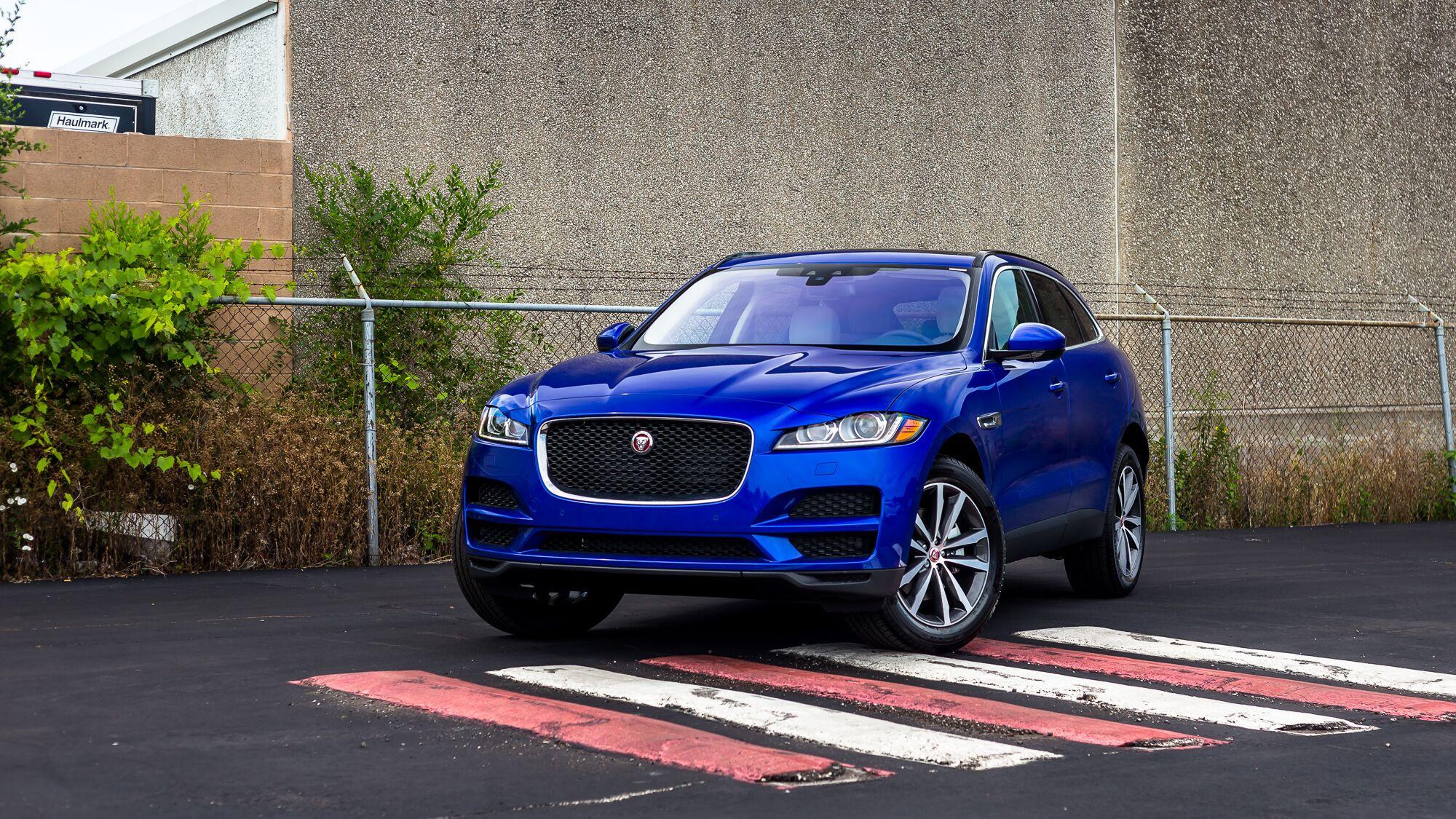 hight resolution of 2019 jaguar f pace 25t prestige
