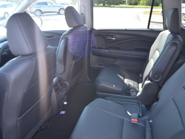 honda pilot captains chairs wood tables and designs 2019 touring w rear florence sc 25719720