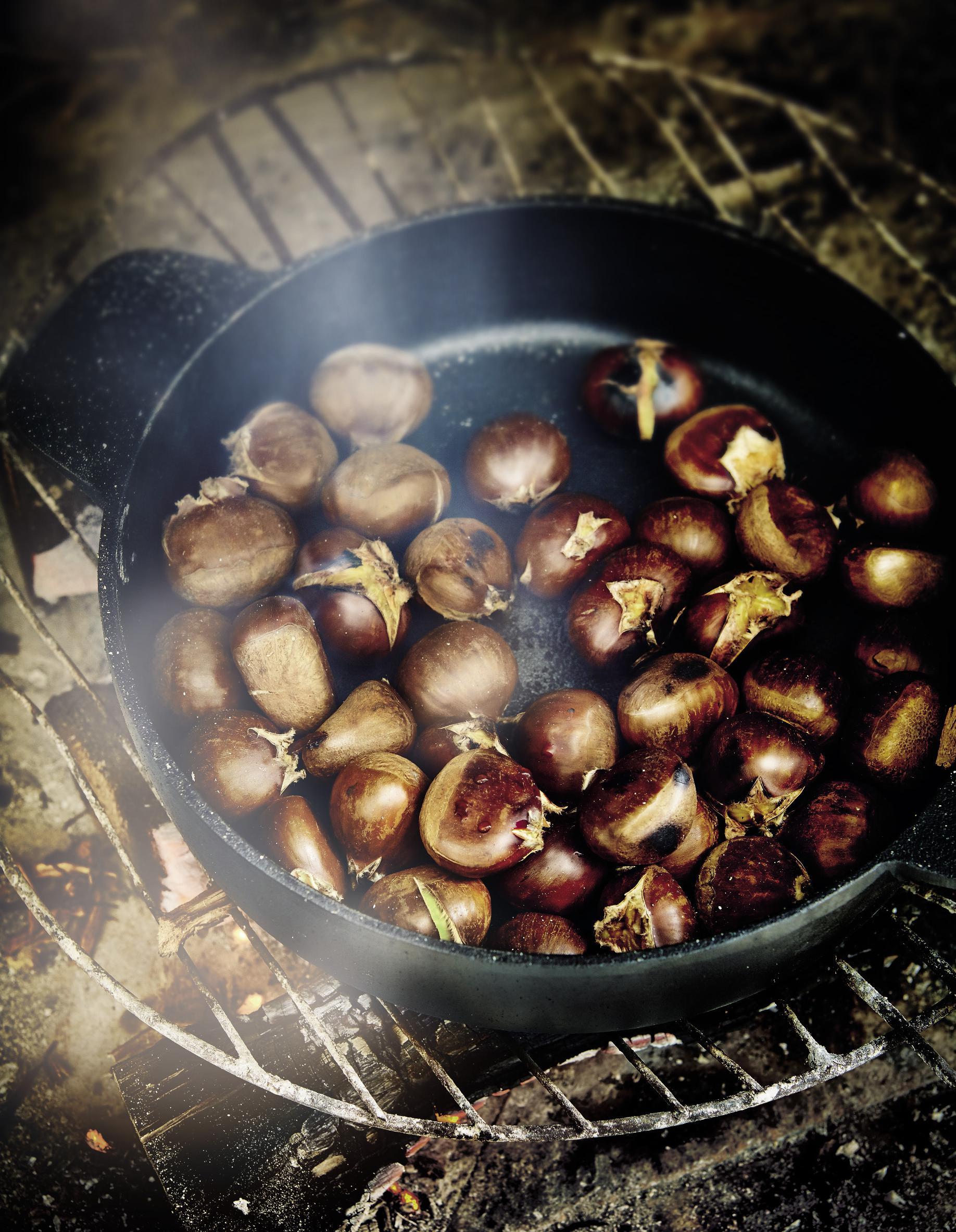 Faire Cuire Des Marrons : faire, cuire, marrons, Châtaignes, Grillées, Personnes, Recettes, Table
