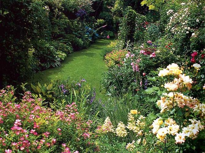 6 bonnes ides dco pour une alle de jardin  Elle Dcoration
