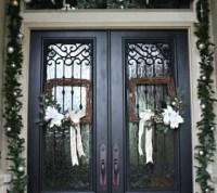 Christmas Porch and Front Door Garland DIY