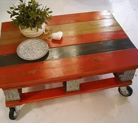 red pallet coffee table with