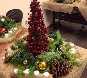 Christmas Centerpieces In Seasonal Decor Hometalk