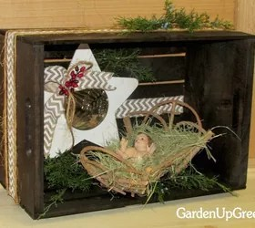9 Gorgeous Ways to Use a Plain Wooden Crate for Christmas  Hometalk