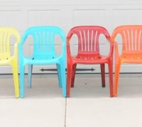 Bring New Life to Your Old Plastic Chairs, With Krylon ...