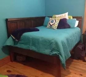 Corner Queen Size Bed Using 2 Old 5 Panel Doors Vintage Headboards Hometalk