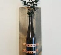 Turning Recycled Bottles Into Rustic Chic Wall Decor ...