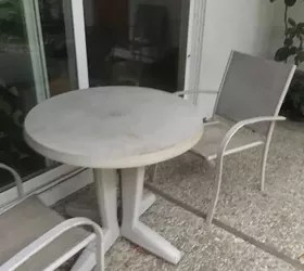 small round plastic patio table