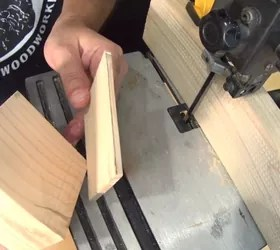primitive little keepsake box, back of box and block of wood