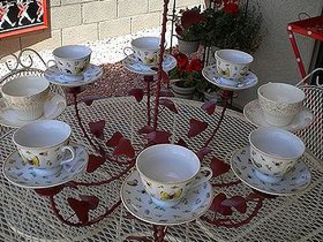 Tea Cup Chandelier Crafts Outdoor Living Repurposing Upcycling Repurposed Painted And