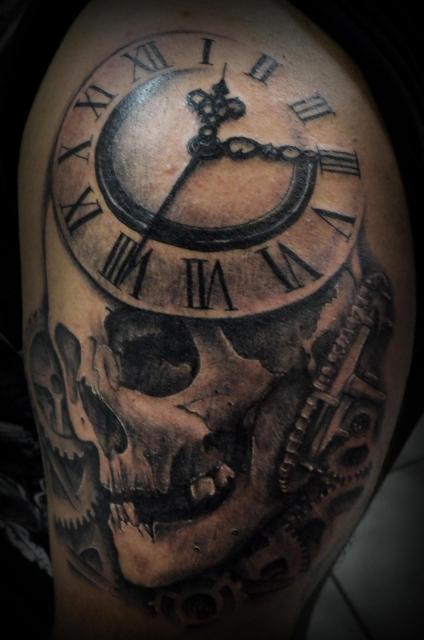 Tattoo No Braço  Foto #9783  Mundo Das Tatuagens