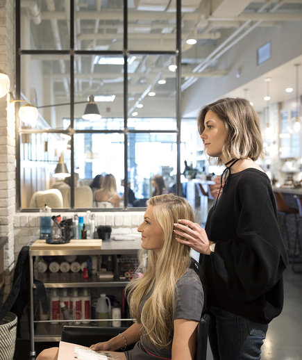 How Much To Tip Hairdressers And Stylists Real Simple