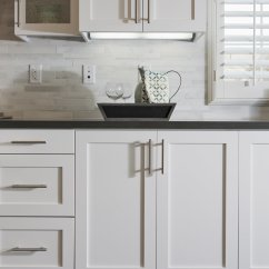Hardware For White Kitchen Cabinets Stone Backsplash How To Spruce Up Your Rental Real Simple