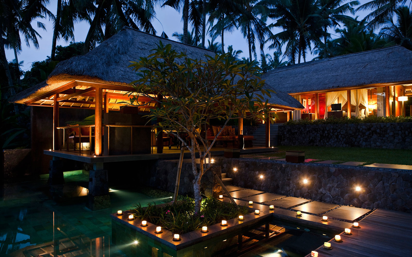 Night Images of Resort Hotels